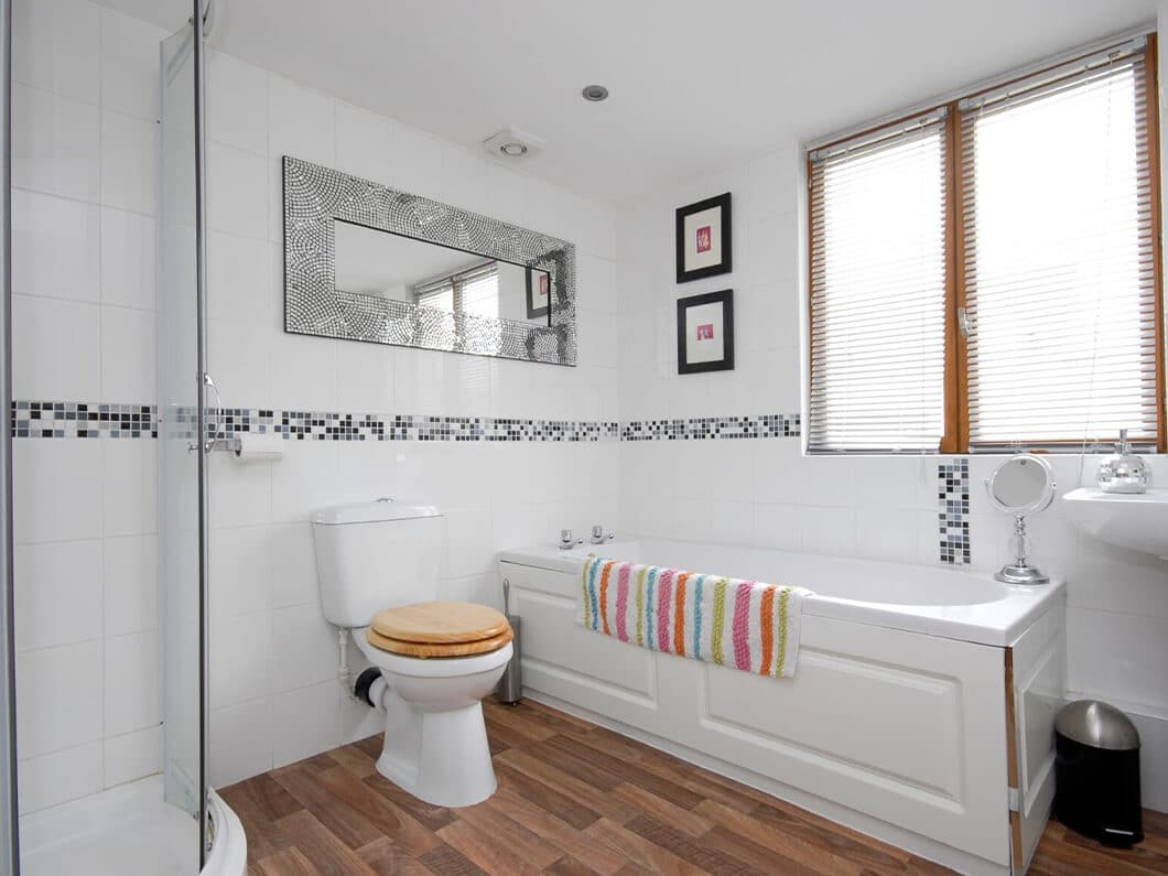 Beach House Whitstable Kent Fabulous Holiday Cottages 14-9