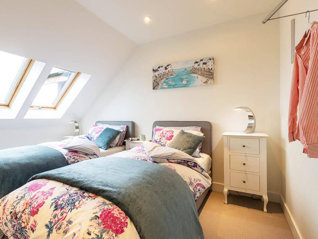 Lizard South Cornwall Fabulous Holiday Cottages 15-10