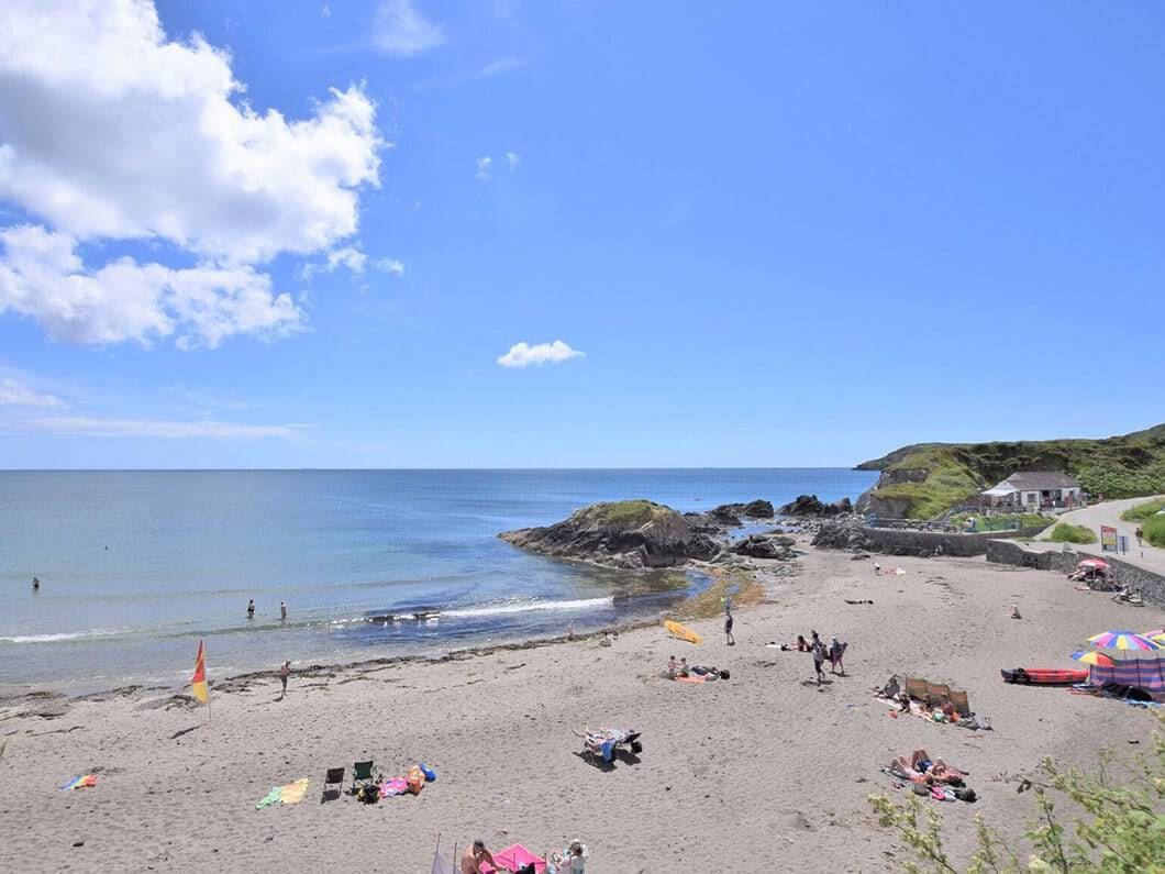 Lizard South Cornwall Fabulous Holiday Cottages 15-20