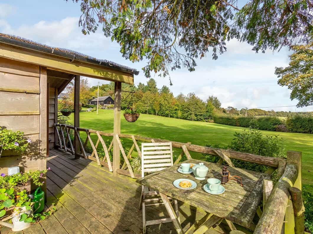Sussex Coast Romantic Cabin Fabulous Holiday Cottages 10