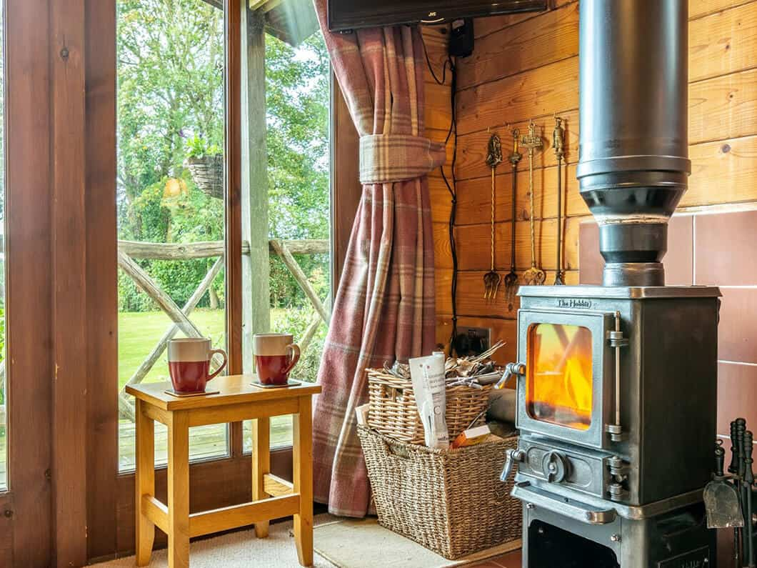 Sussex Coast Romantic Cabin Fabulous Holiday Cottages 5