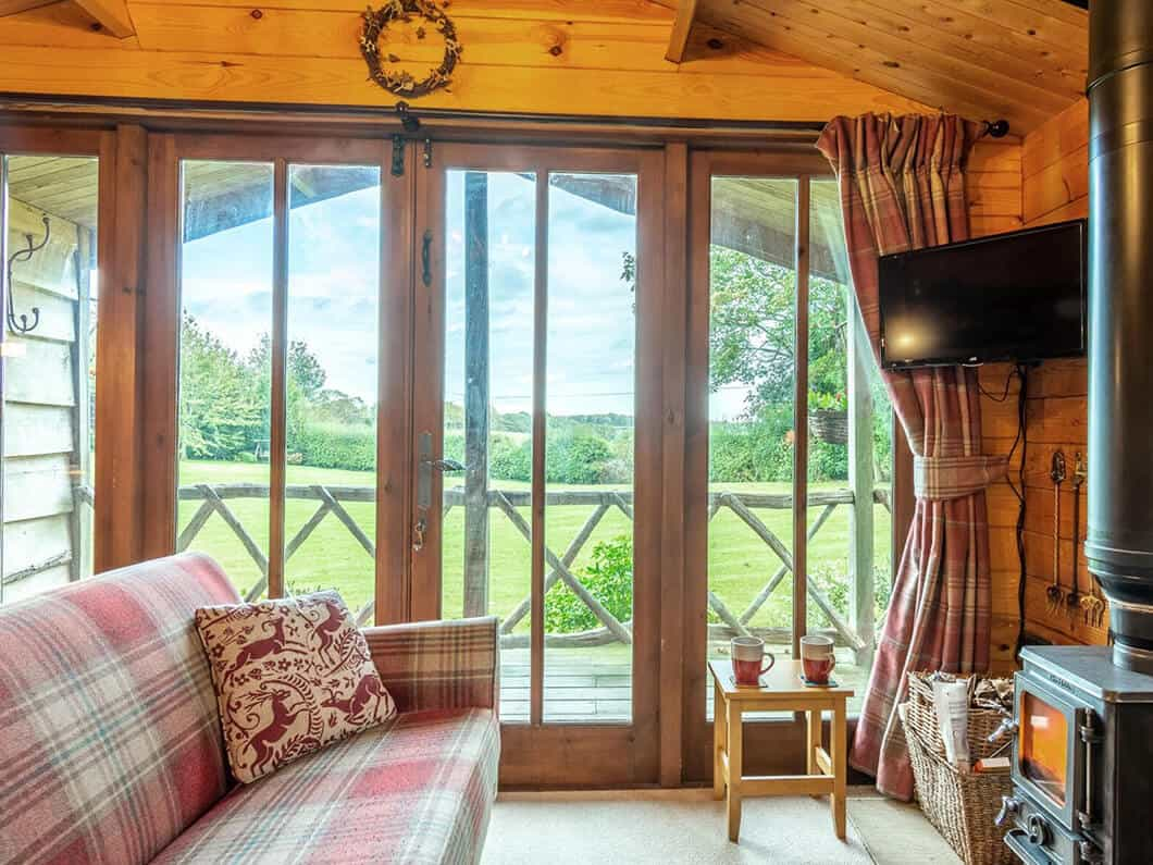 Sussex Coast Romantic Cabin Fabulous Holiday Cottages 6